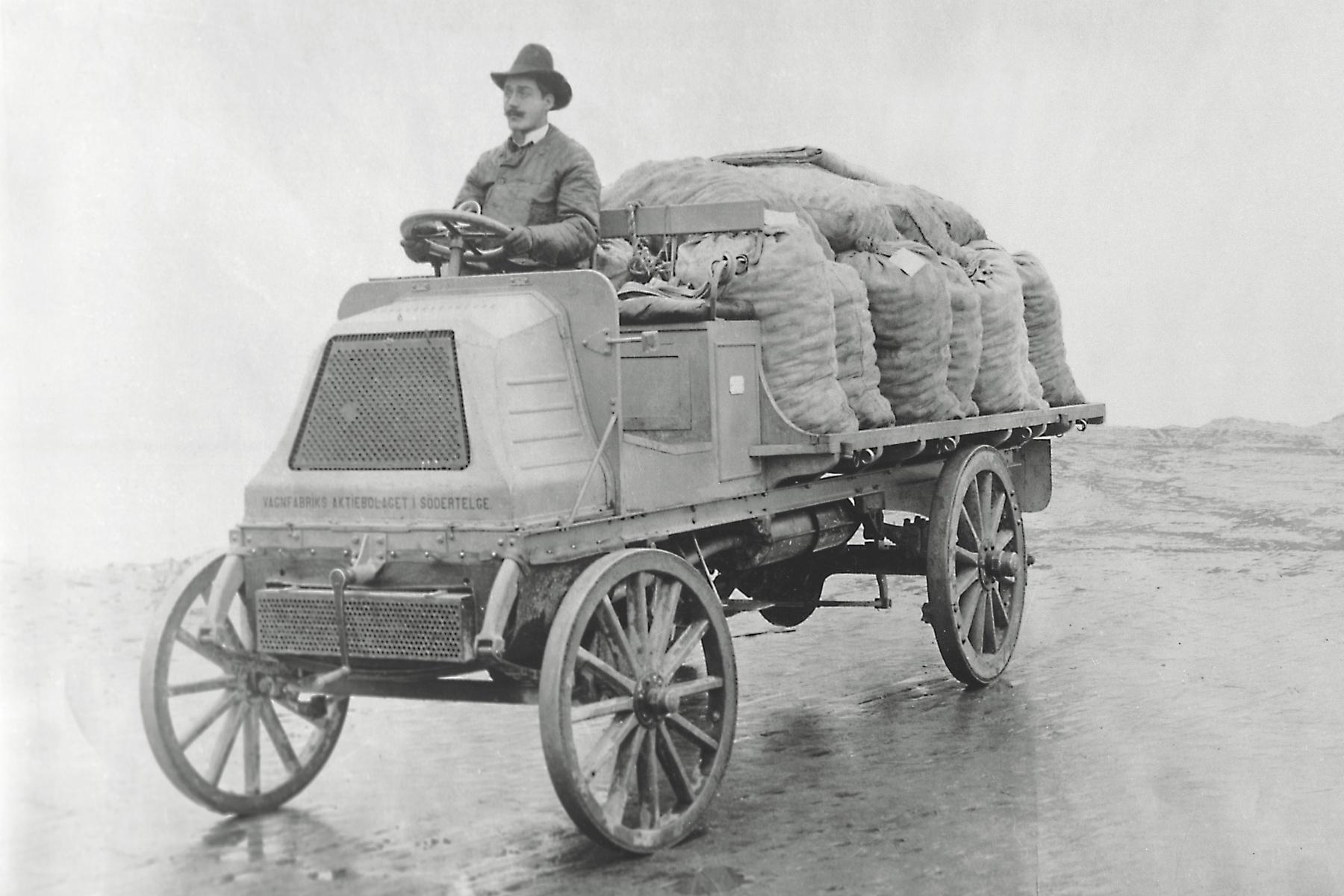革新の文化を継続してきた「スカニアトラック117年の歴史」