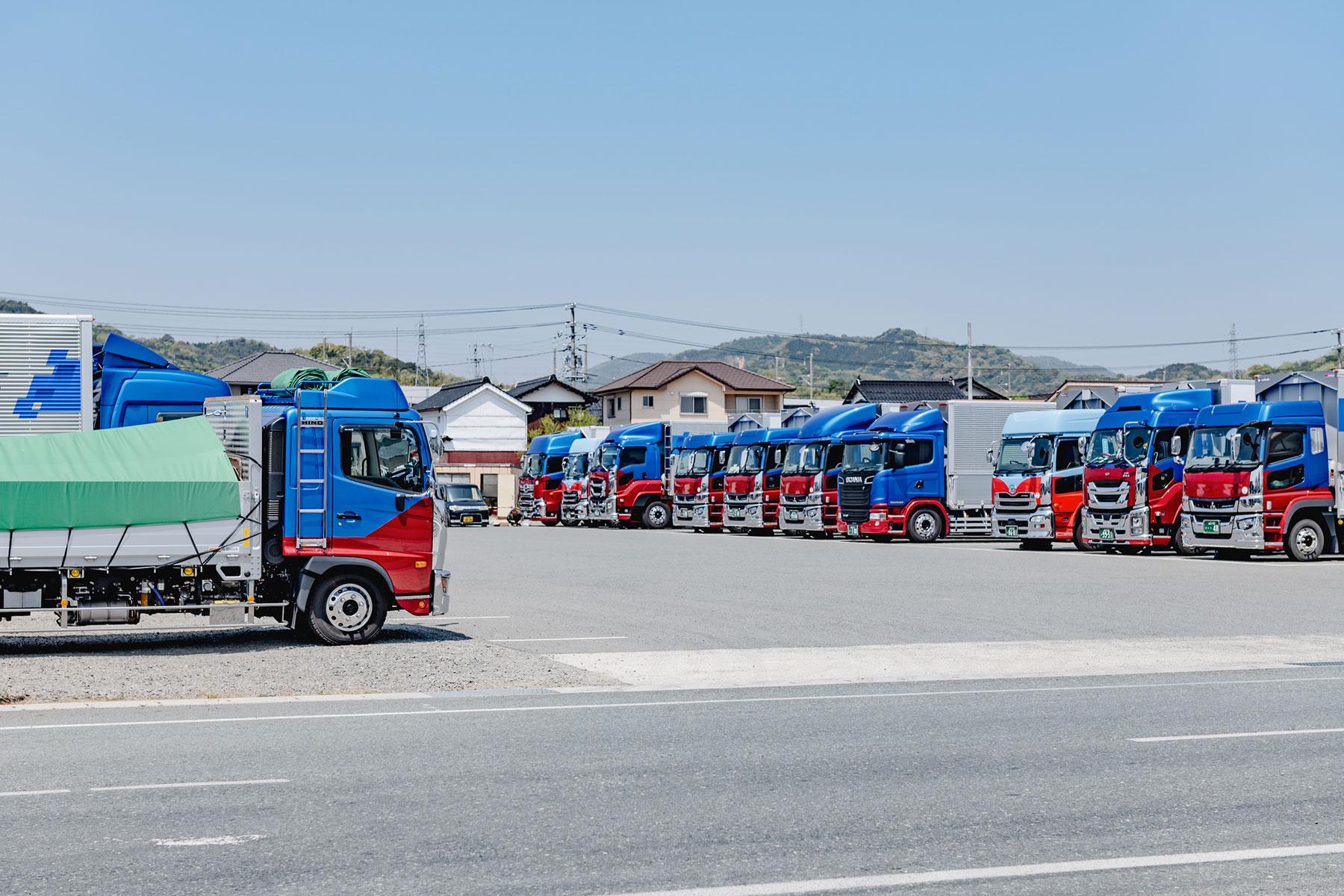 高燃費を誇るスカニアがもたらす、大きなコスト削減効果とは 〜山岡倉運株式会社様〜