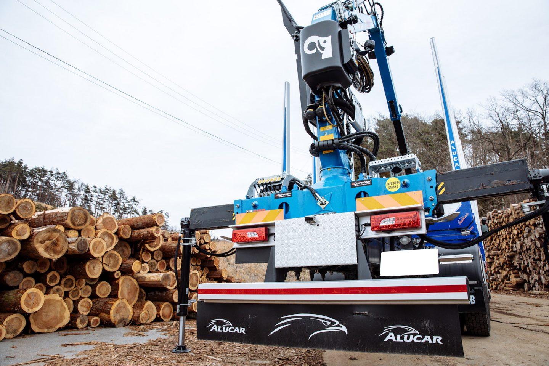 スカニアのパワフル&タフな性能は、林業用トラックに最適 〜株式会社アメリカ屋様〜