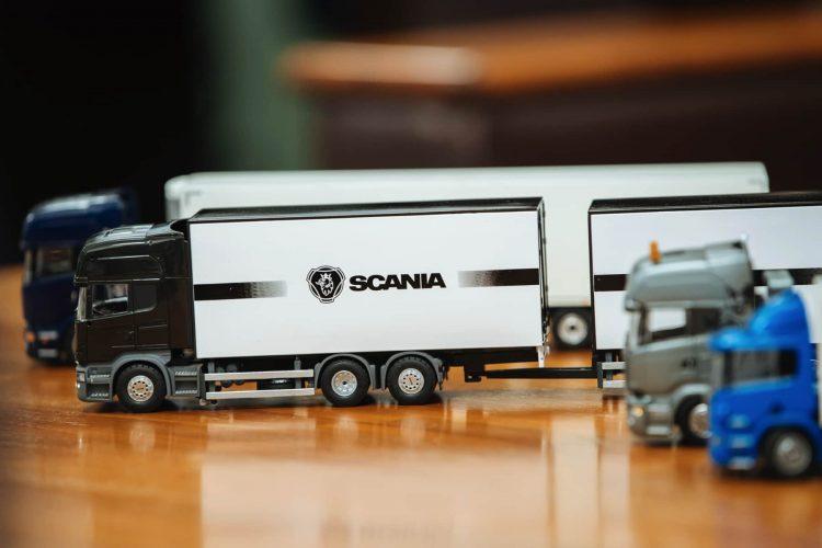 SCANIAは看板であり、そして従業員想いの証 〜浜名梱包輸送株式会社様〜